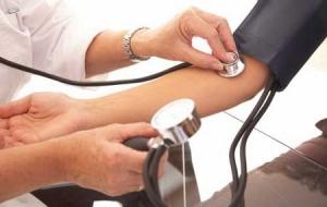 Cómo tratar de una manera natural la presión arterial alta
